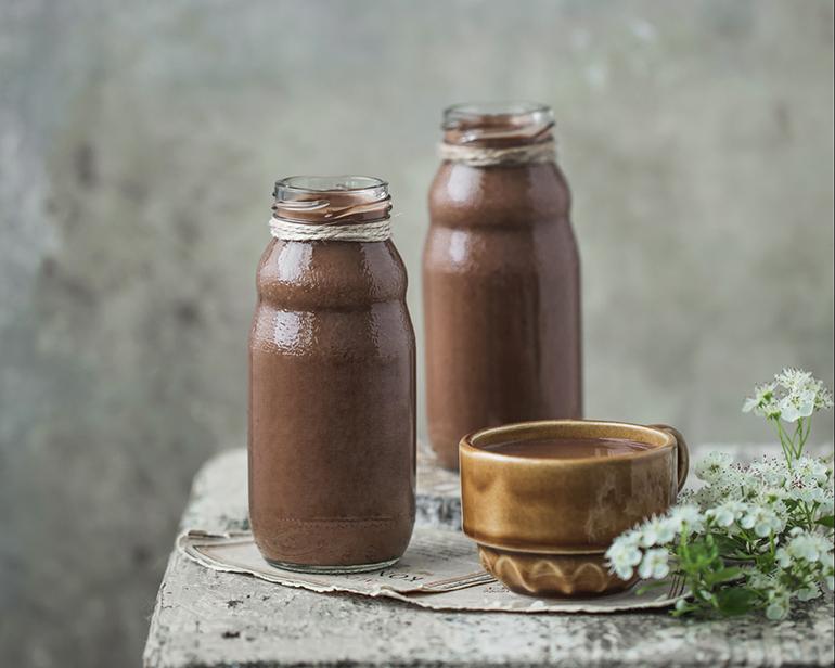 Čokoladni smoothie od zobenih pahuljica i lješnjaka